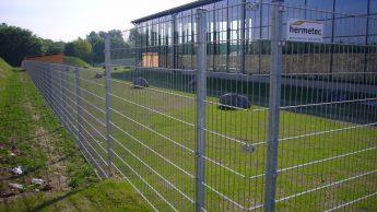 Foto eines hermetec-Gittermattenzaunes